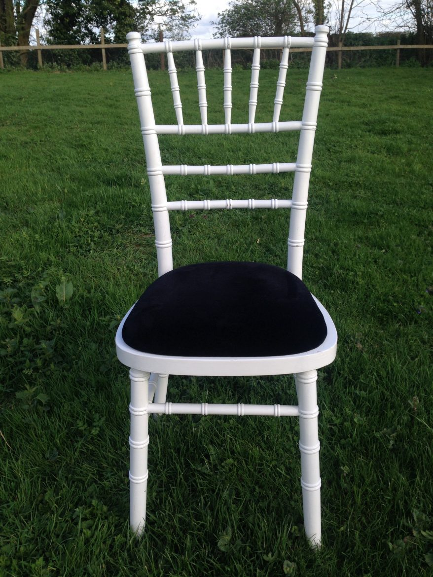 White Chiavari Banqueting Chair Tredmark Furniture Hire - Banqueting chair hire